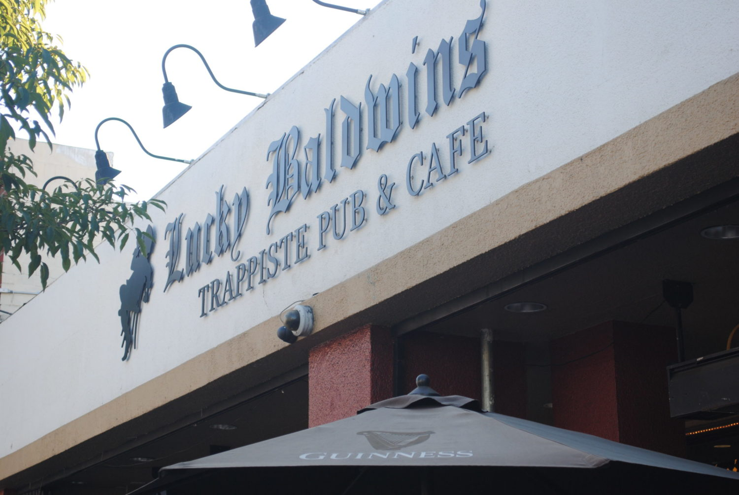 Lucky Baldwin\'s – Serving the Pasadena area for over 20 years